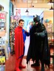E-shed markets superheros
